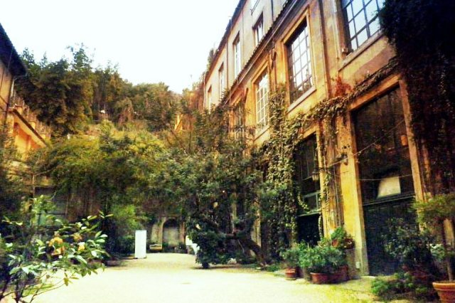 Cortile di Via MArgutta 51