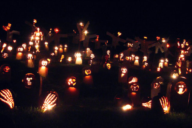 Great Jack O'Lantern Blaze - Copyright Bryan Haeffele and Joshua Bouselfor Historic Hudson Valley (1)