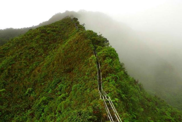 HaikuStairs, Oahu, Hawaii (6)