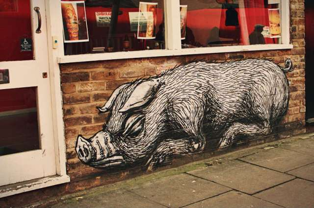 16 Roa, Sleeping Pig, Bacon street, Londra