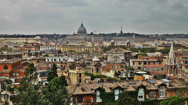 The view over Rome from Villa Medici © smARTraveller blog