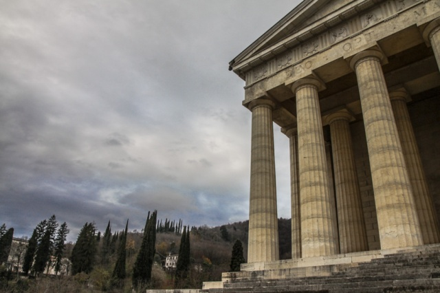 Tempio canoviano a Possagno (Treviso) § Monte Grappa Blogtour © smartraveller.it