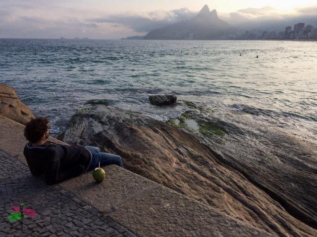 Enjoying sunset from Arpoador, Ipanema, Rio de Janeiro ph.smartraveller blog
